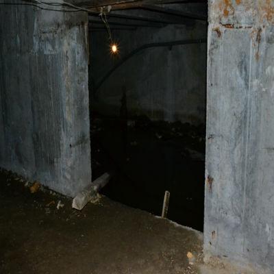 Течёт подвал в доме или гараже? Сыреют стены в подвале и погребе? Что делать?